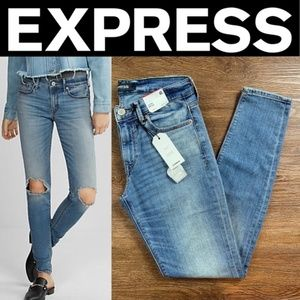 NEW EXPRESS ECO-FRIENDLY MID RISE MEDIUM WASH STRE
